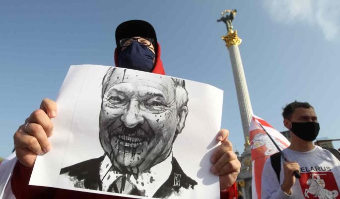 Началось: недовольные белорусы ставят палатки и готовы перекрывать дороги у границы
