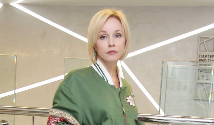 """Мне этот крест милее"":  Зудина оправдалась за отсутсвие памятника на могиле Табакова"