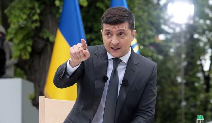 Зеленскому пришлось объясняться из-за исковерканных слов Байдена о НАТО