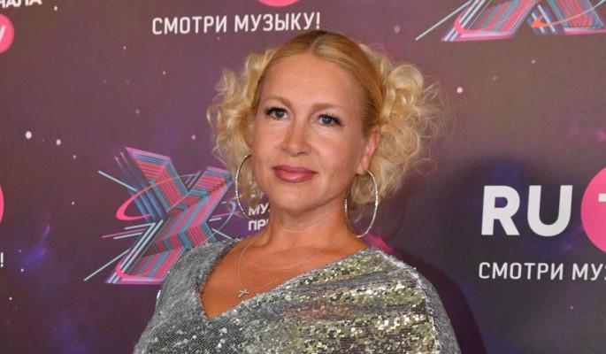 19-летняя внебрачная дочь Бориса Немцова впервые показалась людям после развода