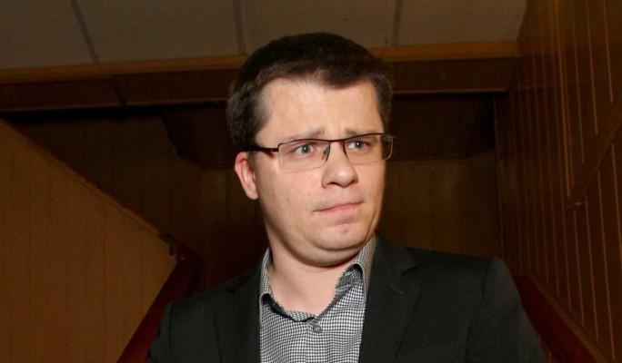 Вызывал девушек и участвовал в групповом сексе: Галкин узнал о бурной жизни Харламова без Асмус