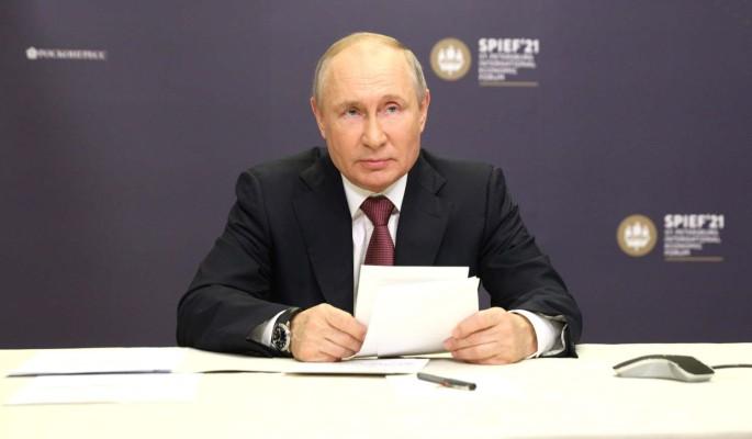 Американский журналист задал неудобный вопрос Путину после громких слов Байдена