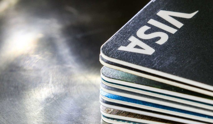 Дума запретила банкам навязывать допуслуги при выдаче кредитов