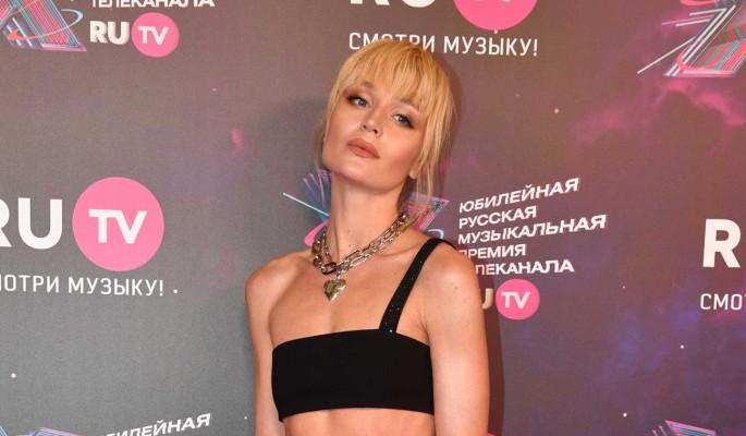 Гагарина отправилась в отпуск с женатым мужчиной