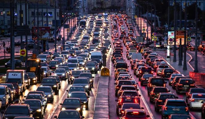 Депутат Букачаков отозвал инициативу о снижении нештрафуемого порога скорости