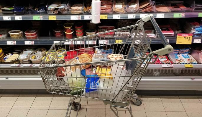 Эксперт предупредил россиян о росте цен на продукты из-за отказа от вакцинации