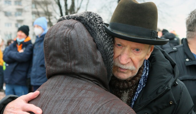 Невеста Краско купила на его деньги новое ложе для утех с молодым любовником