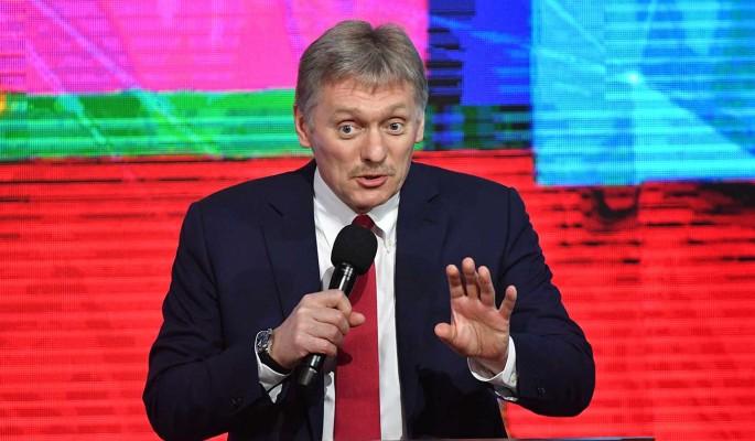 В Кремле объяснили обязательную вакцинацию от COVID-19 в России