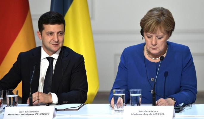 Украинские эксперты: европейские страны начали воспринимать Крым и Донбасс частью России