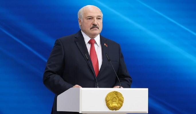 "Аналитик Тихоненко: Путин управляет ""пугалом"" Лукашенко"