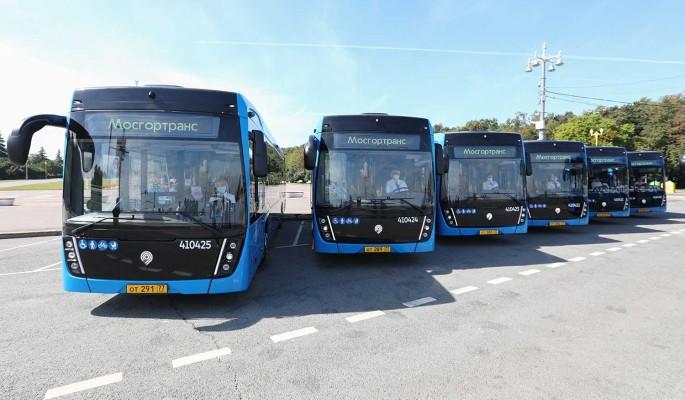 В Москве запустили 650 электробусов за три года