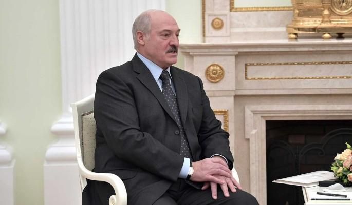 Политолог Болкунец предупредил Европу о риске конфликта из-за Лукашенко: Он живет войной