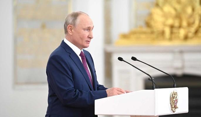 Путин рекомендовал ОНФ изучить обращения россиян на прямую линию