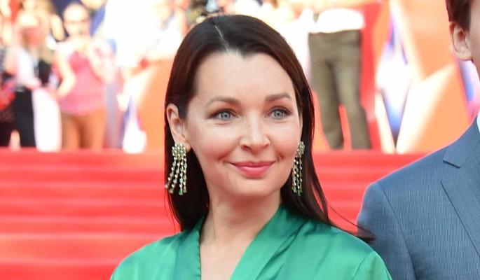 Попросила близких молиться: актриса Антонова бросилась к медикам