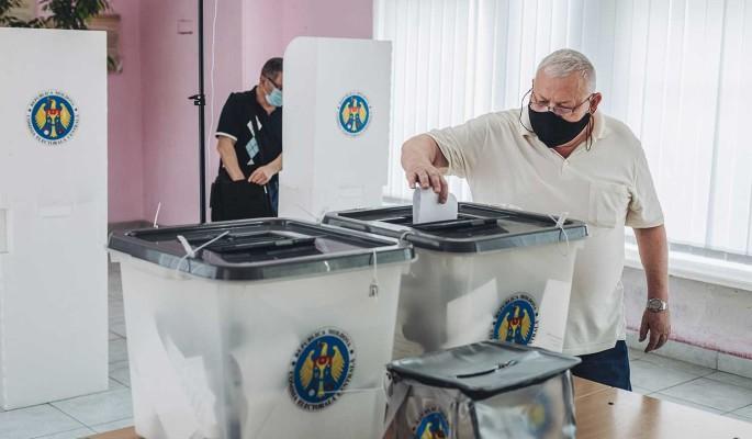 Политолог Сафонов: В Молдове Запад взял реванш после своих поражений в Белоруссии и Сирии