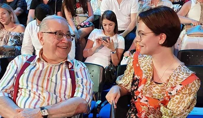 Модница Брухунова нарядила годовалого сына в королевский наряд