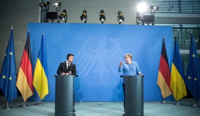 """""""Это кольцо безвластия?"""": переговоры Зеленского с Меркель оценили"""