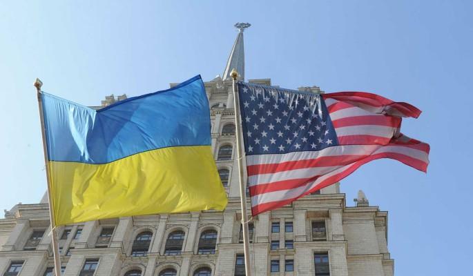 """""""С ноги врежут"""": политолог Джангиров заявил о невозможности отхода Украины от США"""