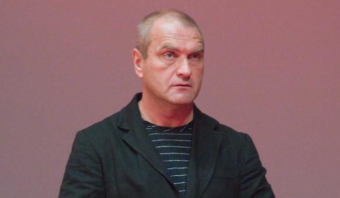 Актер Балуев экстренно госпитализирован с поражением легких