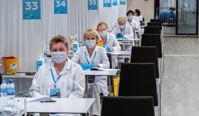 За сутки в России 23 770 человек заразились коронавирусом
