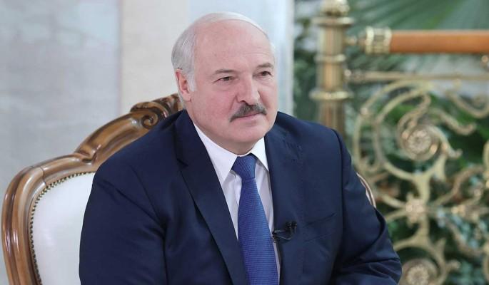 """""""Они рвутся сюда с оружием"""": Лукашенко пригрозил литовским пограничникам нашествием исламистов"""
