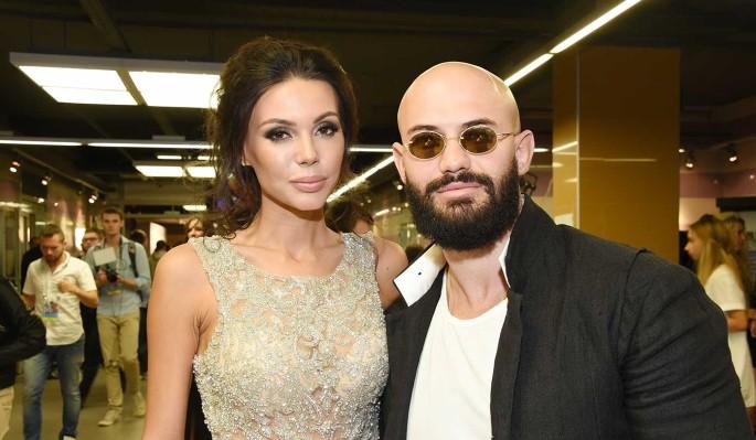 Джигана и Самойлову пристыдили за издевательство над малышами