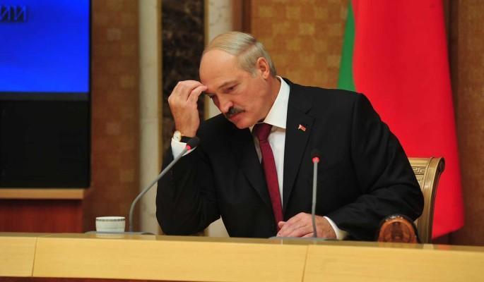 Аналитик Чалый об отношении чиновников к Лукашенко: Никто не хочет ради него рвать задницу