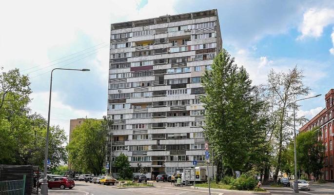 В Красносельском районе отремонтируют высотку 1972 года