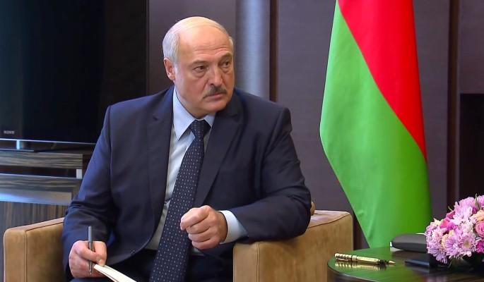 """""""Прошу, удушите это на корню"""": Лукашенко обратился к руководству МВД"""