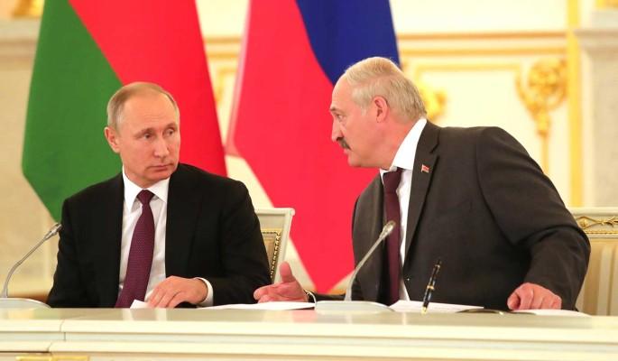 Политолог Суздальцев: Путин в силах решить судьбу Лукашенко за 15 минут