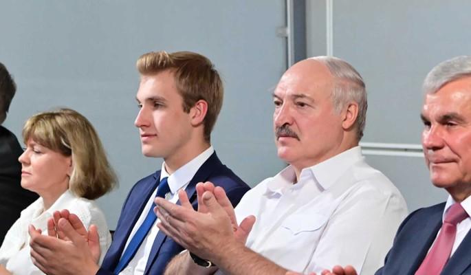 Произошла утечка: названо настоящее имя матери ребенка Лукашенко
