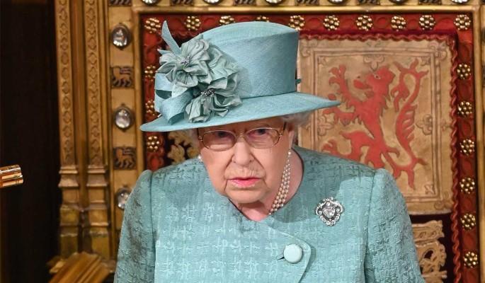 """""""Бегу, мамочка!"""": отпрысков Елизаветы II выставили на посмешище"""