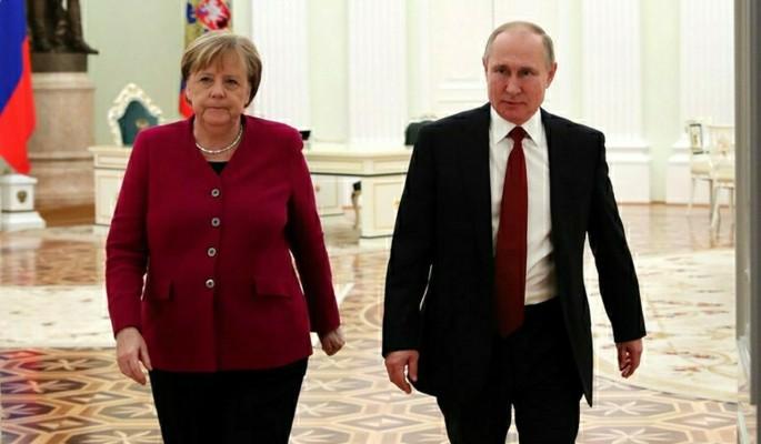 Стали известны темы переговоров Путина и Меркель