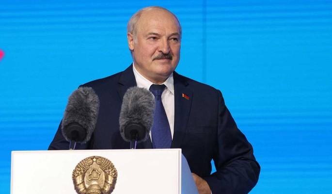 """Лидер НАУ Латушко хочет """"подарить"""" Лукашенко Нюрнбергский трибунал"""