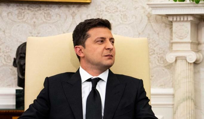 """Зеленский пожаловался на """"не совсем солнечную атмосферу"""" на встрече с Байденом"""