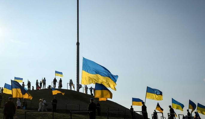 Журналист Шарий о трехмиллиардном кредите Украине: Ходит по миру лох с протянутой рукой