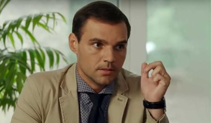 Звезду российских сериалов задержали в невменяемом состоянии: Украл дочь