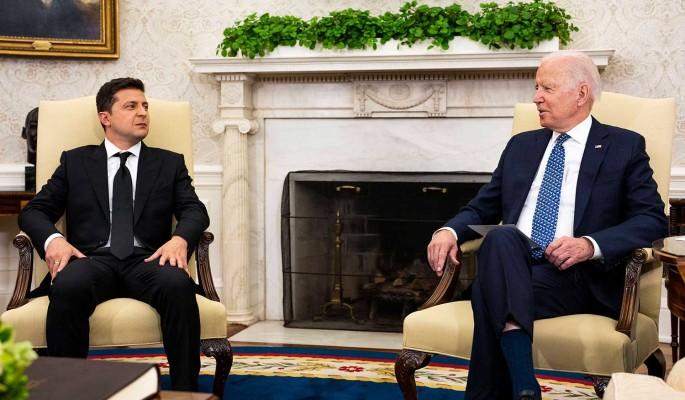 Политолог Молчанов: получивший деньги от США Зеленский не будет проводить прозападные реформы