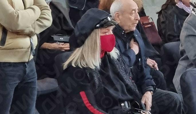 Трагедия: черная от горя Пугачева разрыдалась у гроба