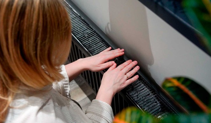 Власти хотят изменить нормы отопления квартир в России