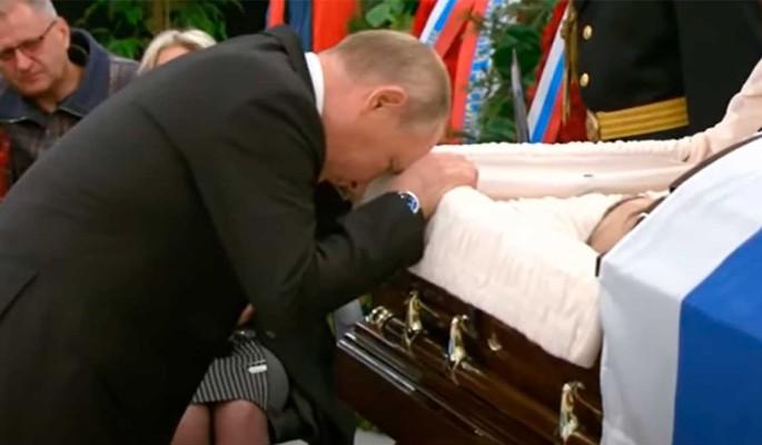Прислонился лбом к гробу: как Путин простился с Зиничевым