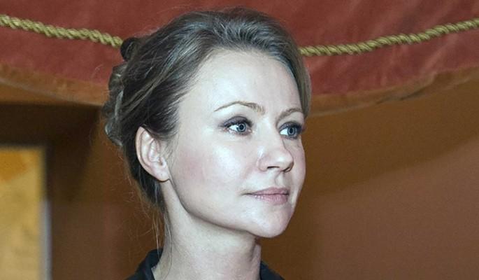 Известие об уходе Мироновой поставило народ на уши