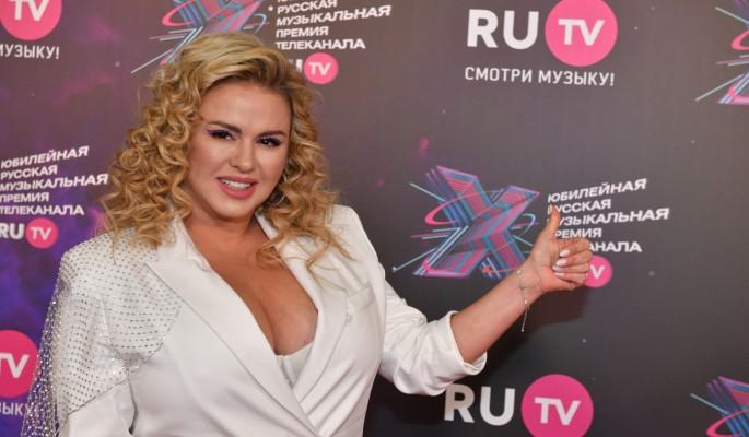 Слишком много лжи: Семенович рассекретила детали разрыва отношений с мужчиной