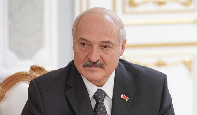 Политолог Казакевич заявил о метаниях Лукашенко между Западом и Россией
