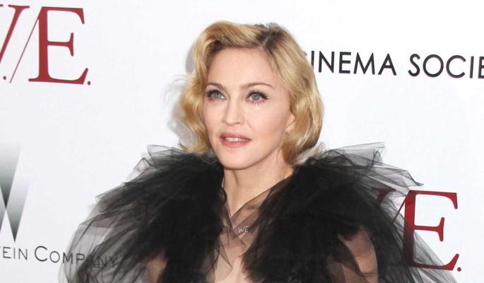 Странный наряд и волосатые подмышки: дочь Мадонны вызвала оторопь