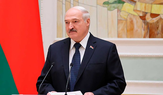 """Политолог Поротников: Лукашенко пора отпустить ситуацию и переходить к операции """"Преемник"""""""