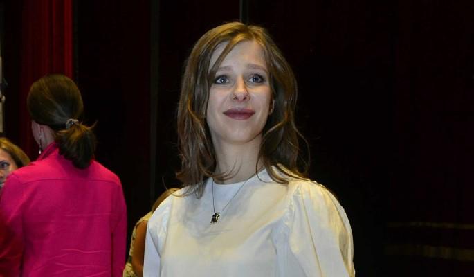 """""""Женщина вамп"""": Арзамасова шокировала изменениями во внешности"""