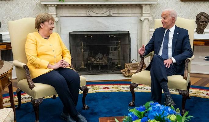 Меркель отказалась от разговора со вступившим в должность президента Байденом