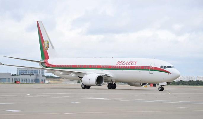 В Сочи неожиданно прилетел самолет президента Белоруссии
