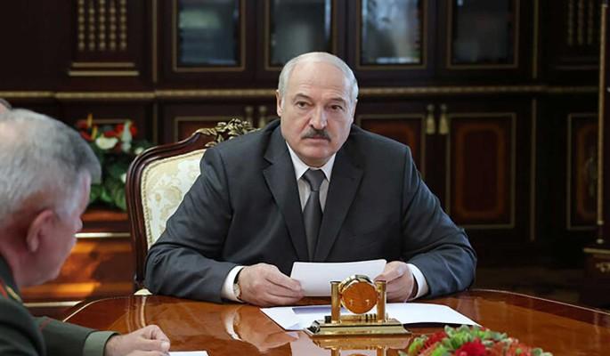 Экс-министр Латушко: Лукашенко готовит вооруженную провокацию на границе Белоруссии с Евросоюзом